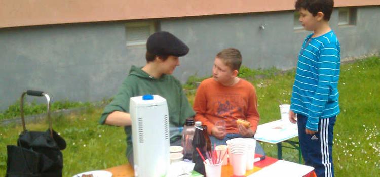 """""""Open Cola"""" beim Nachbarschaftsfest an der Falkenberger Straße"""